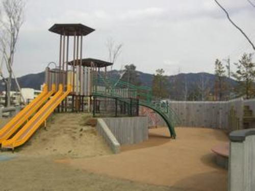 霞ヶ城公園 550m