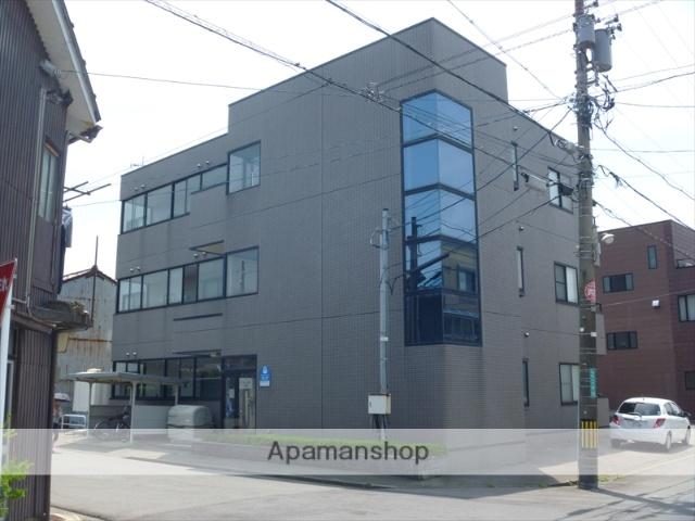 福井県福井市の築21年 3階建の賃貸マンション