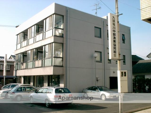福井県吉田郡永平寺町、松岡駅徒歩3分の築26年 3階建の賃貸マンション