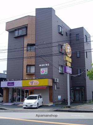福井県福井市、福井駅バス15分社北校下車後徒歩10分の築27年 5階建の賃貸マンション