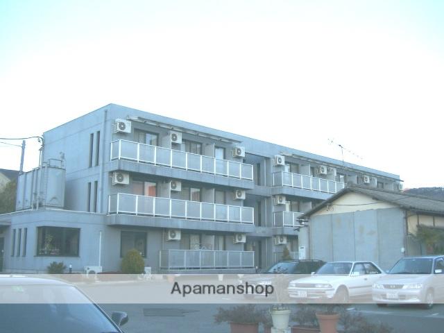 山梨県甲府市、甲府駅徒歩15分の築23年 3階建の賃貸マンション