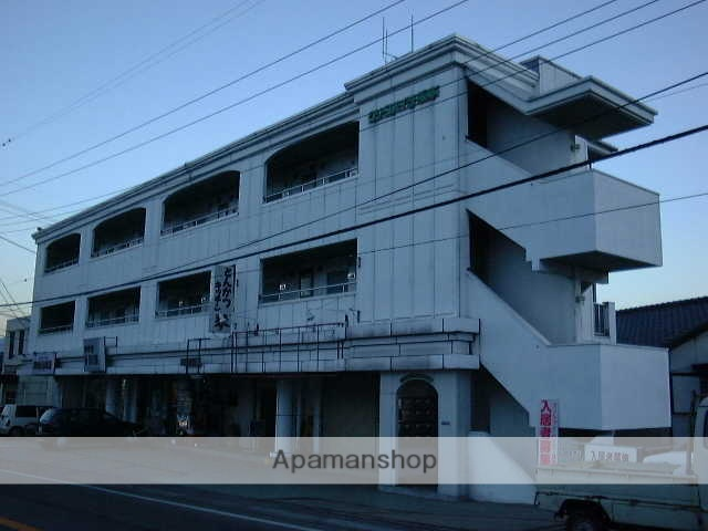 山梨県甲府市、甲府駅徒歩20分の築28年 3階建の賃貸アパート
