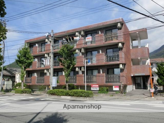 山梨県甲府市の築20年 3階建の賃貸マンション
