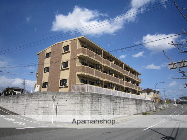 山梨県南アルプス市、小井川駅徒歩88分の築7年 3階建の賃貸マンション