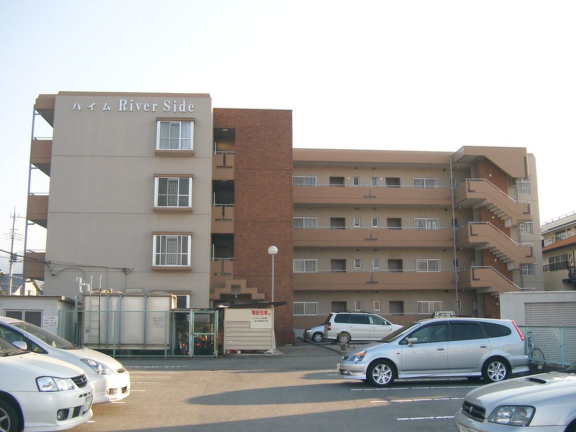 山梨県中巨摩郡昭和町の築31年 4階建の賃貸マンション