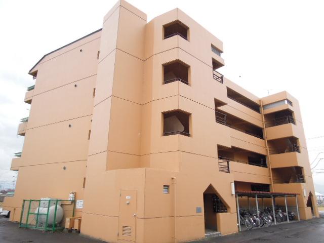 山梨県中央市、東花輪駅徒歩30分の築29年 4階建の賃貸マンション