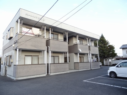 山梨県甲斐市の築17年 2階建の賃貸アパート
