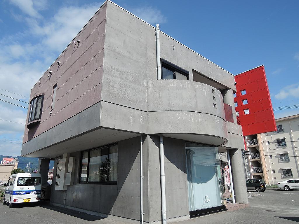 山梨県甲府市の築19年 2階建の賃貸マンション
