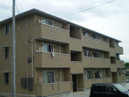 山梨県甲府市、竜王駅徒歩36分の築8年 3階建の賃貸アパート