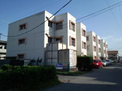 山梨県甲府市の築32年 3階建の賃貸マンション