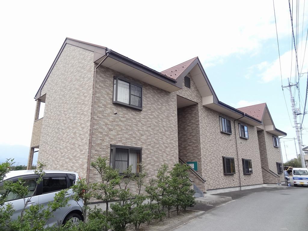 山梨県中巨摩郡昭和町、国母駅徒歩10分の築12年 2階建の賃貸アパート