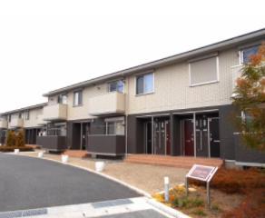 山梨県中巨摩郡昭和町、国母駅徒歩15分の築2年 2階建の賃貸アパート