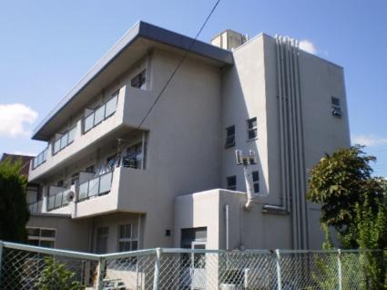 山梨県甲斐市の築42年 3階建の賃貸マンション