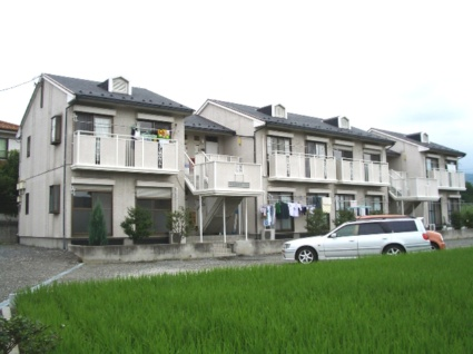 山梨県甲斐市、竜王駅徒歩40分の築24年 2階建の賃貸アパート