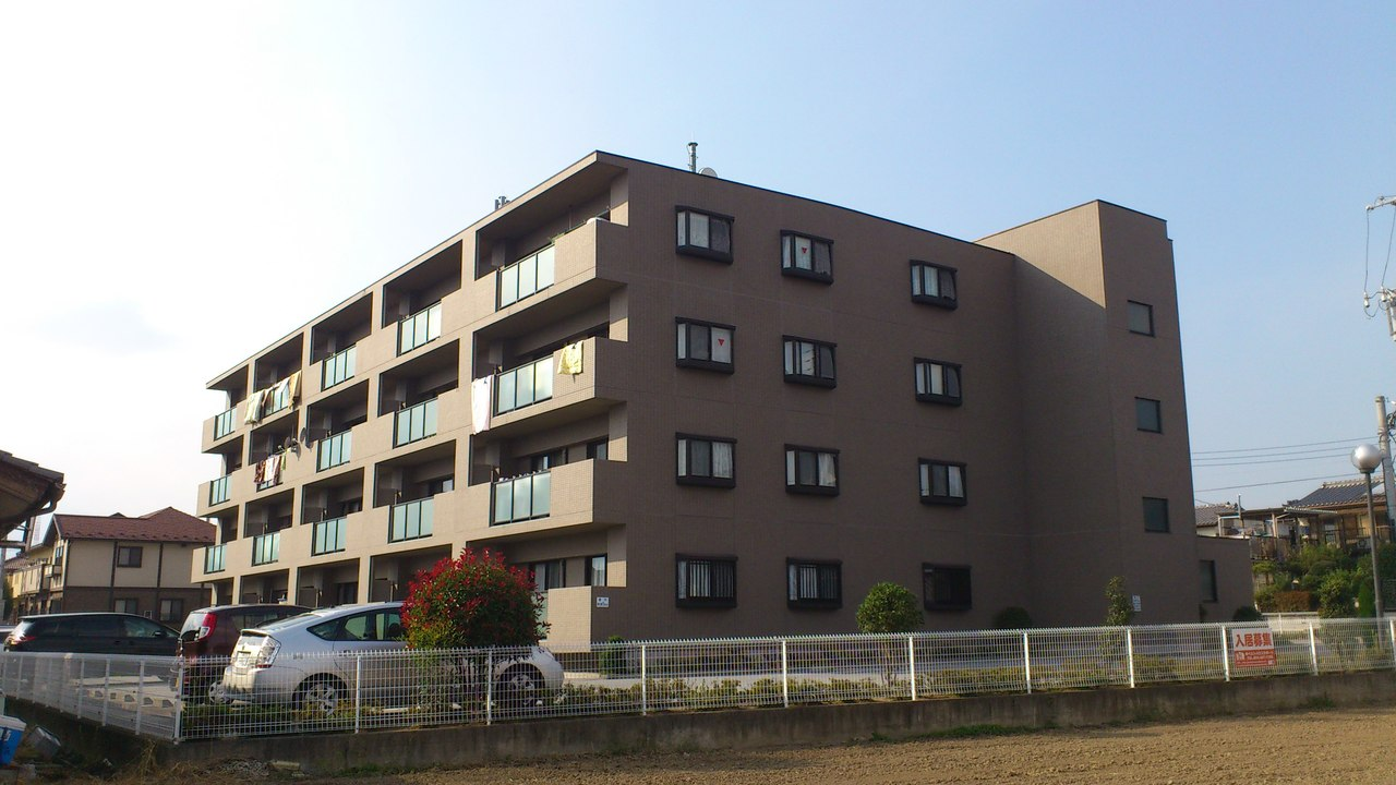 山梨県甲斐市、竜王駅徒歩15分の築15年 4階建の賃貸マンション