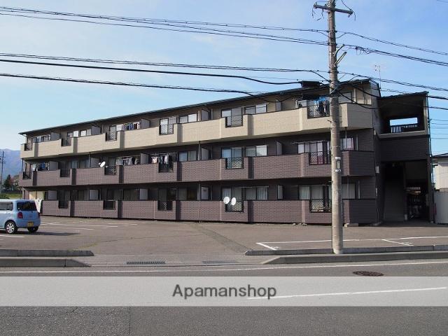 長野県伊那市、下島駅徒歩70分の築17年 3階建の賃貸アパート