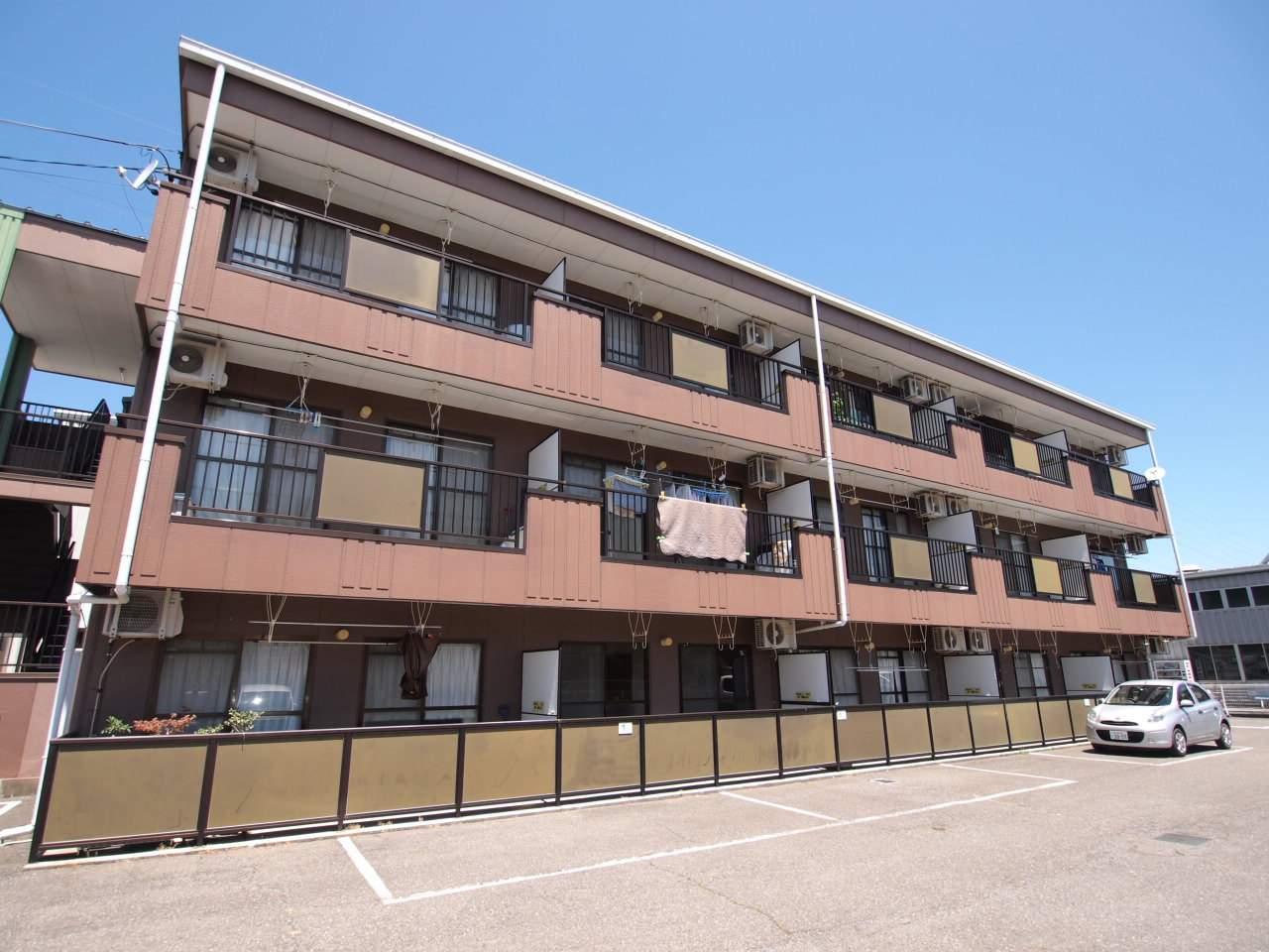 長野県塩尻市、広丘駅徒歩27分の築21年 3階建の賃貸アパート