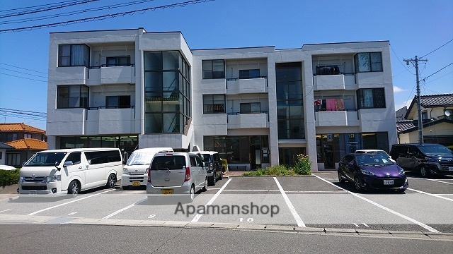長野県塩尻市、塩尻駅徒歩8分の築28年 3階建の賃貸マンション