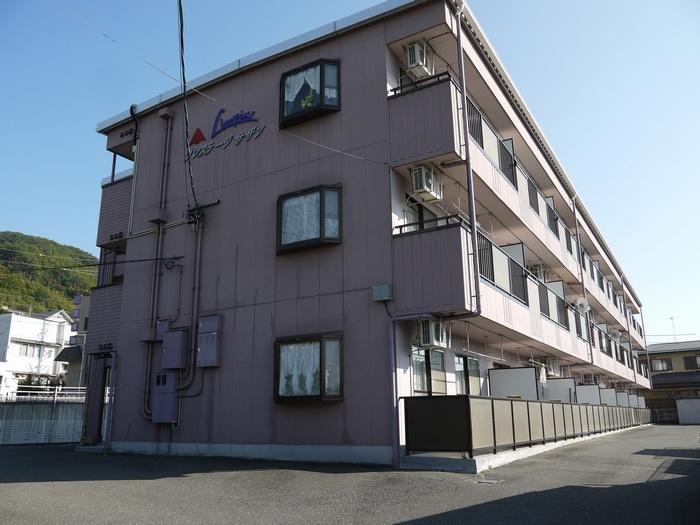 長野県松本市、南松本駅徒歩31分の築21年 3階建の賃貸アパート