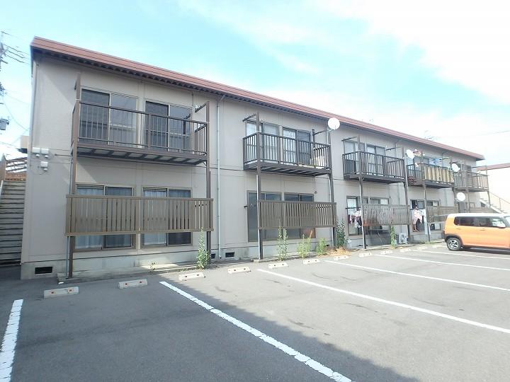 長野県松本市、松本駅バス10分庄内交番下車後徒歩3分の築31年 2階建の賃貸アパート