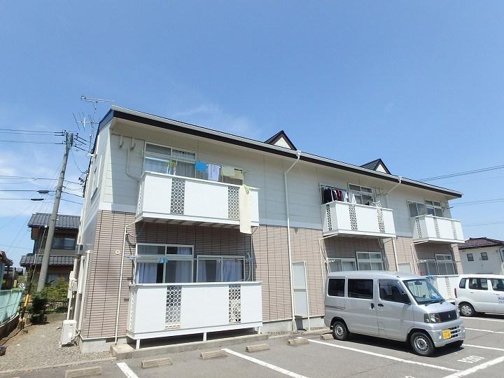 ファミーユ新村B