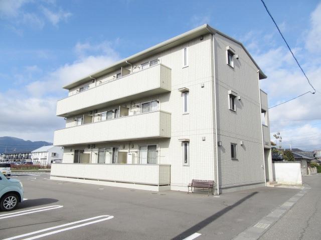 長野県長野市、長野駅徒歩36分の築5年 3階建の賃貸アパート