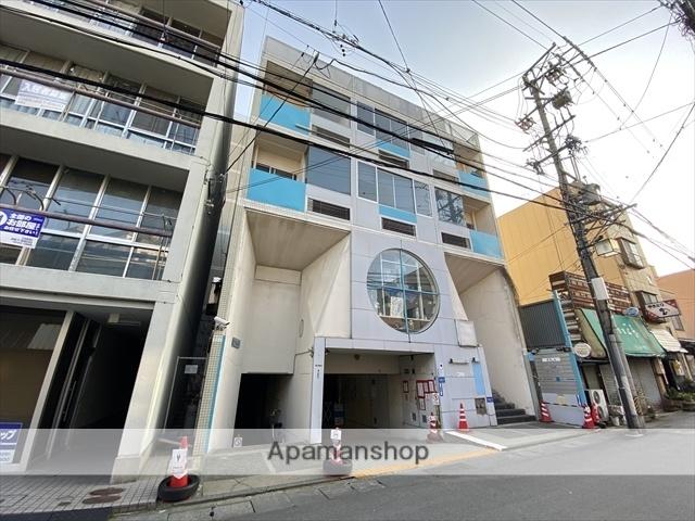 長野県長野市、市役所前駅徒歩14分の築32年 8階建の賃貸マンション