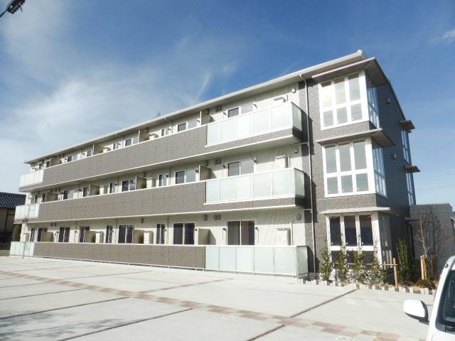 長野県長野市、北長野駅徒歩30分の築2年 3階建の賃貸アパート