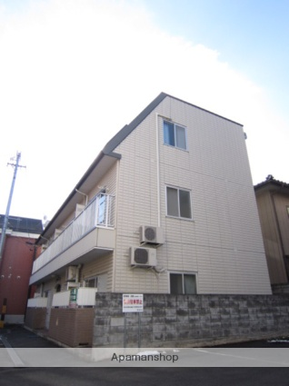 長野県長野市、市役所前駅徒歩11分の築24年 3階建の賃貸アパート