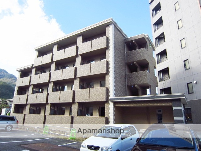 長野県長野市、市役所前駅徒歩13分の築3年 4階建の賃貸マンション