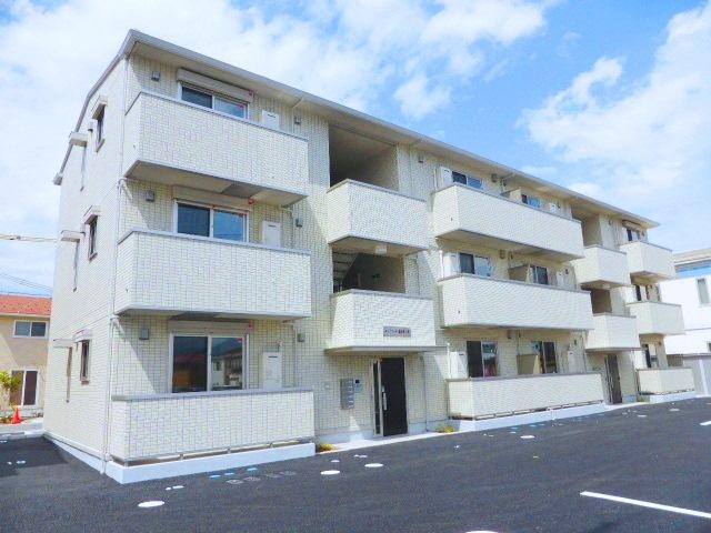 長野県長野市、北長野駅徒歩26分の築2年 3階建の賃貸アパート