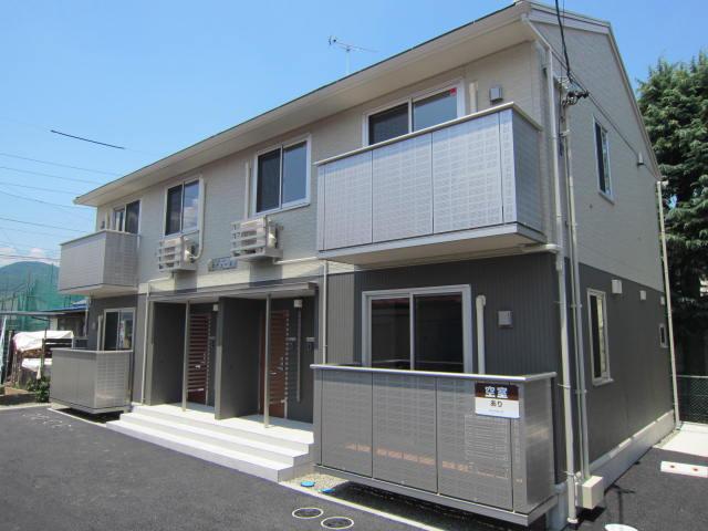 長野県長野市、篠ノ井駅徒歩15分の築5年 2階建の賃貸アパート