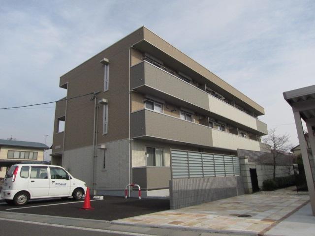 長野県長野市、長野駅徒歩10分の築5年 3階建の賃貸アパート