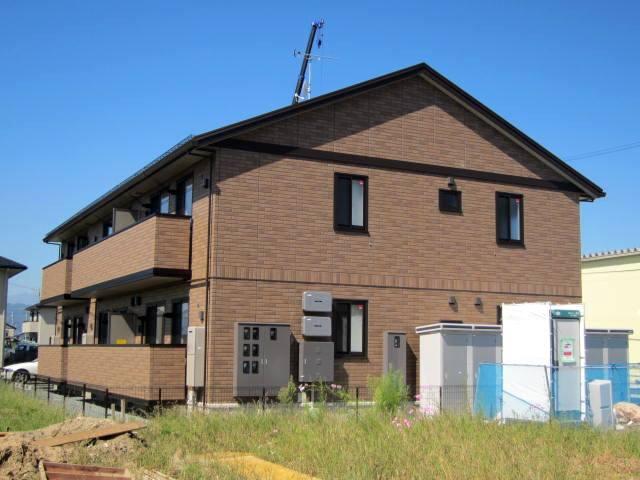 長野県長野市、篠ノ井駅徒歩70分の築3年 2階建の賃貸アパート