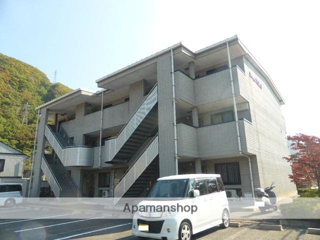 長野県千曲市、戸倉駅徒歩10分の築16年 3階建の賃貸マンション