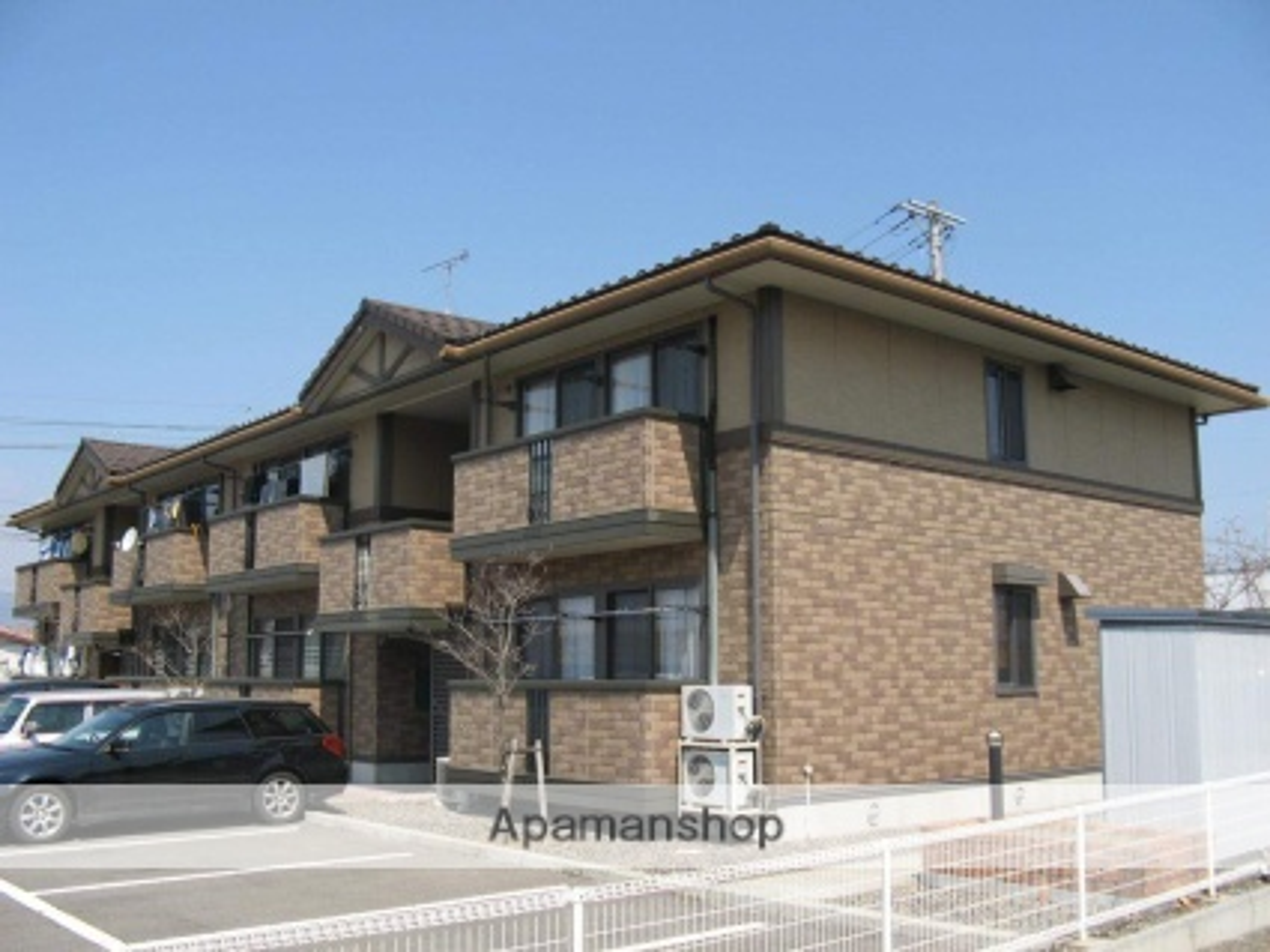 長野県須坂市、村山駅徒歩27分の築14年 2階建の賃貸アパート