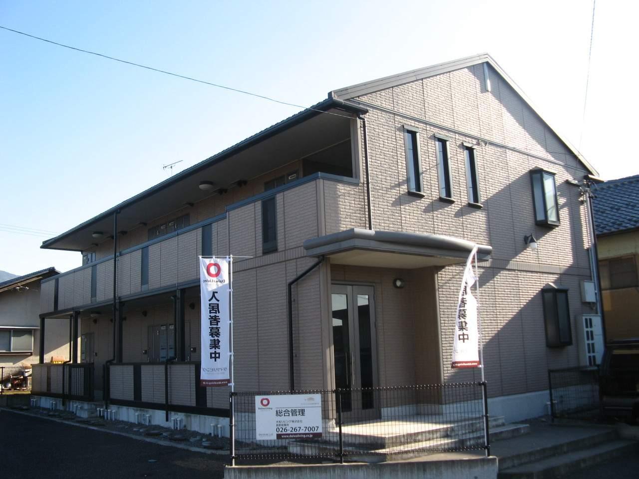 長野県須坂市、村山駅徒歩29分の築15年 2階建の賃貸アパート