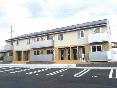 長野県中野市、信州中野駅徒歩13分の築1年 2階建の賃貸アパート