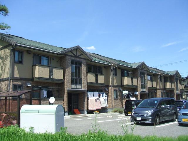 長野県大町市、信濃常盤駅徒歩5分の築13年 2階建の賃貸アパート