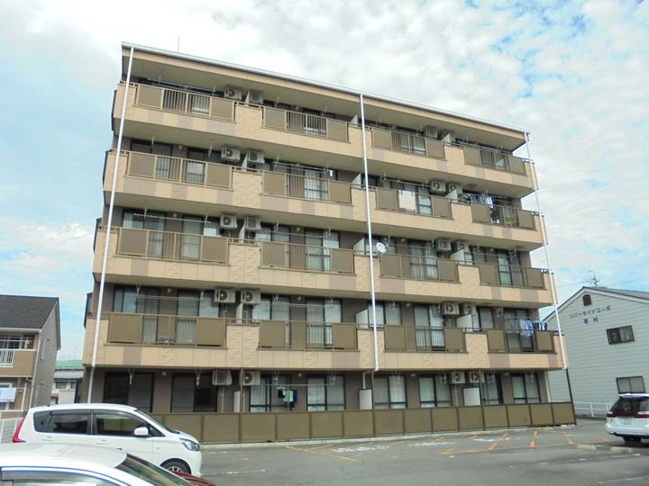 長野県松本市、松本駅徒歩14分の築19年 5階建の賃貸マンション