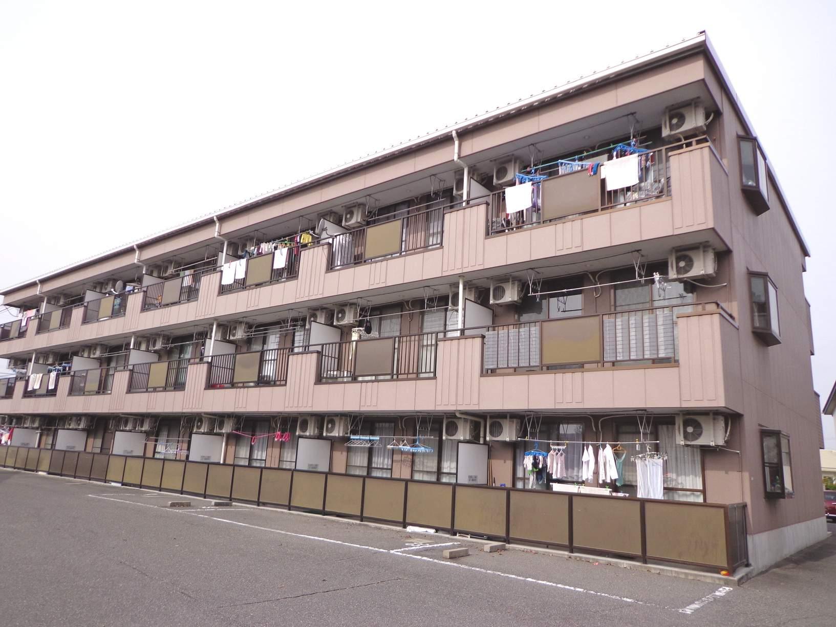 長野県松本市、南松本駅徒歩18分の築22年 3階建の賃貸アパート