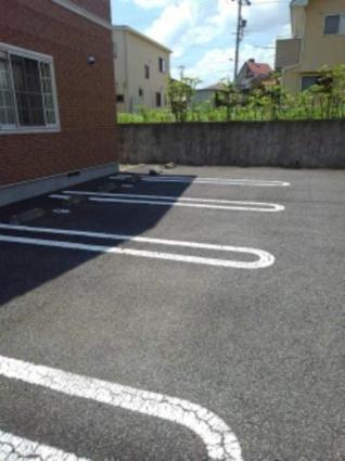 リヴィエール A[2DK/49.17m2]の駐車場