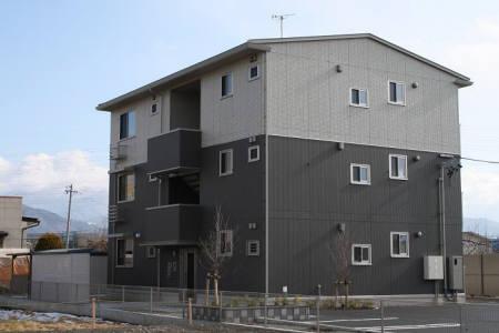 長野県長野市、豊野駅徒歩11分の築5年 3階建の賃貸アパート