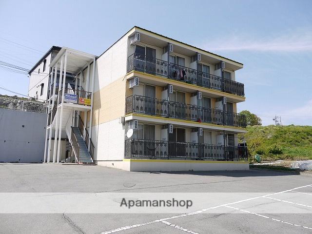 長野県諏訪郡富士見町、富士見駅徒歩13分の築19年 3階建の賃貸マンション