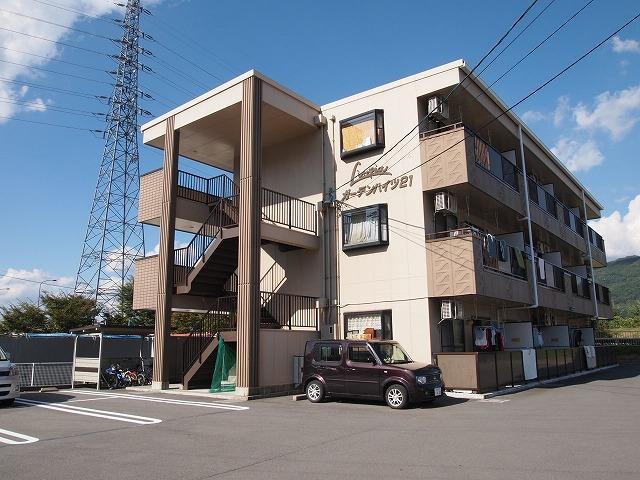 長野県茅野市、茅野駅徒歩19分の築20年 3階建の賃貸マンション
