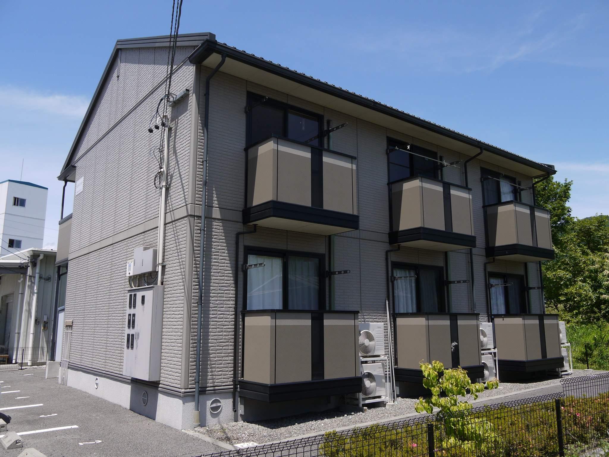 長野県茅野市、茅野駅徒歩23分の築15年 2階建の賃貸アパート
