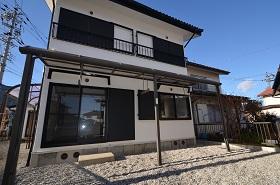 岐阜県海津市、美濃松山駅徒歩13分の築40年 2階建の賃貸一戸建て