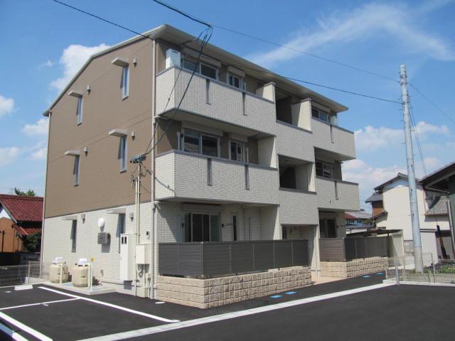 岐阜県大垣市の築4年 3階建の賃貸マンション