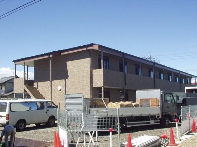 岐阜県羽島市、不破一色駅徒歩10分の築11年 2階建の賃貸アパート
