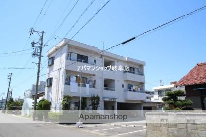 岐阜県岐阜市の築28年 3階建の賃貸アパート